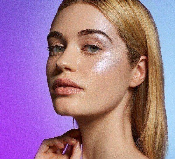 Сияющая кожа: идея макияжа как сделать лицо гладким